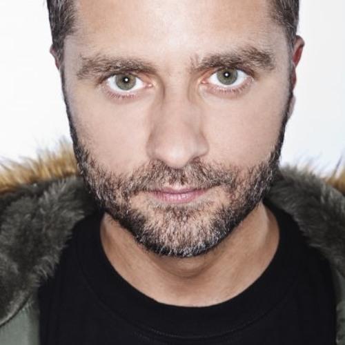 Graeme lloyd's avatar