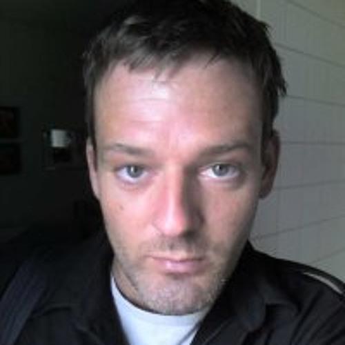 sEbmoto's avatar