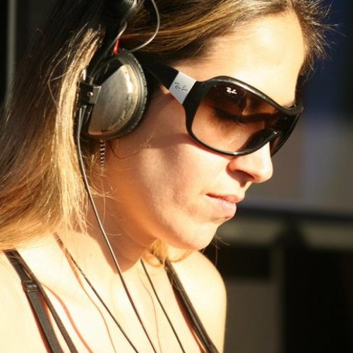 Paula Blue's avatar
