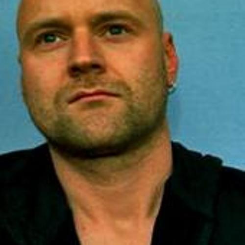 Ron Ractive (01)'s avatar