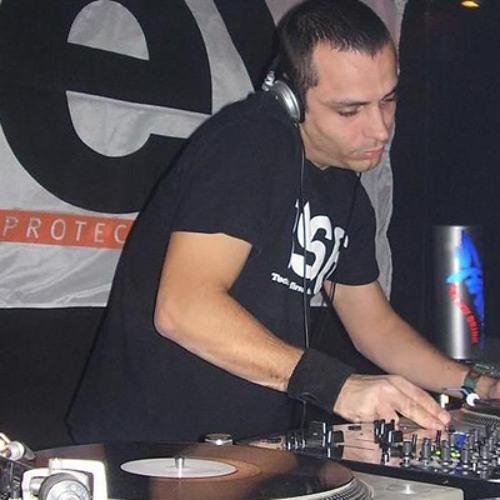 D.j. Electric Chris(Official)'s avatar