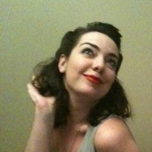 NikkiSue's avatar