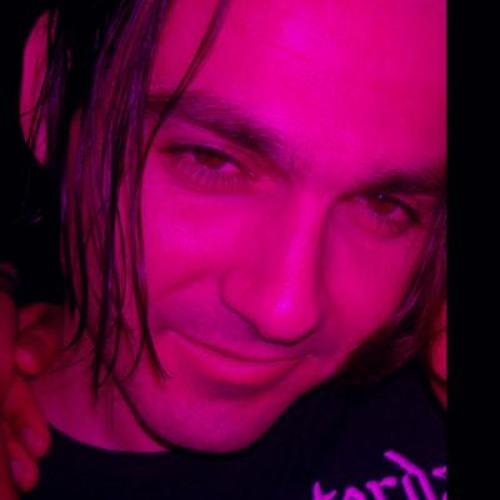 Nick Rossi's avatar