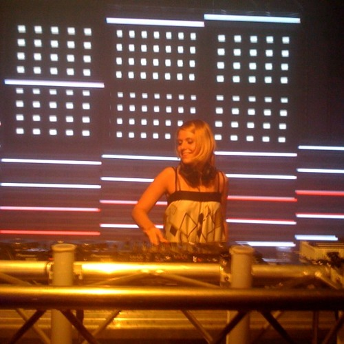 DJ LUCY STRIK's avatar