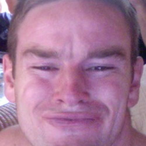 TommyGun's avatar