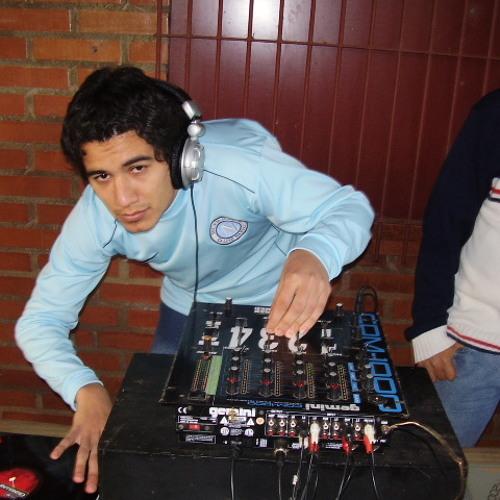 Dario Gomez's avatar