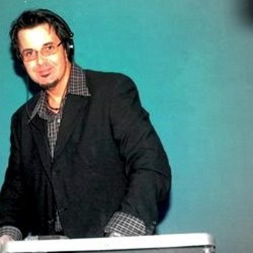 DJFelix Indahouse's avatar