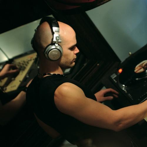 DJ HugoC.'s avatar