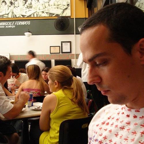 Tiago Candiani's avatar