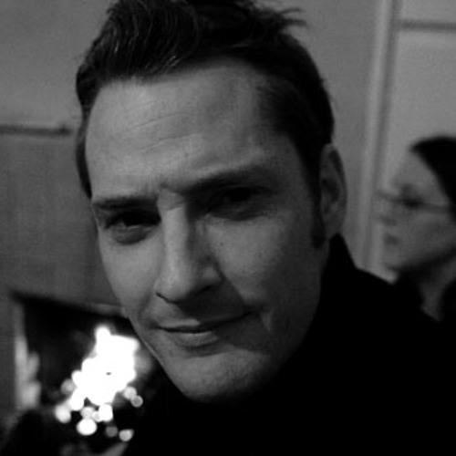 Damien DeBarra's avatar
