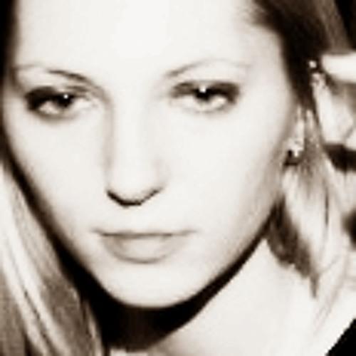Julia Shvec's avatar