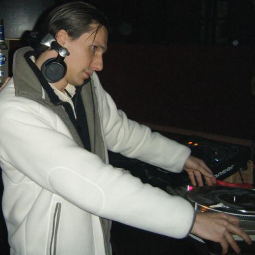 DJ NICQ's avatar