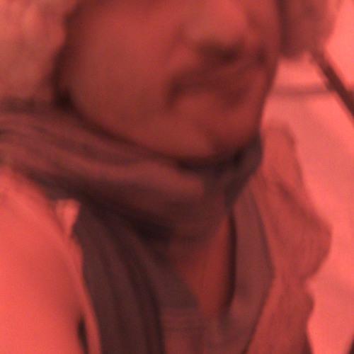 Llyn Droid's avatar