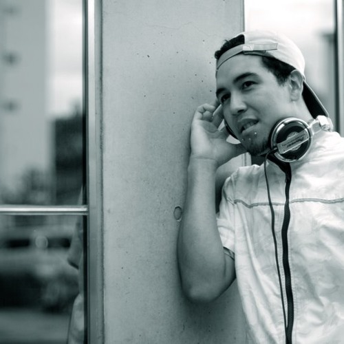 DJ MARU's avatar