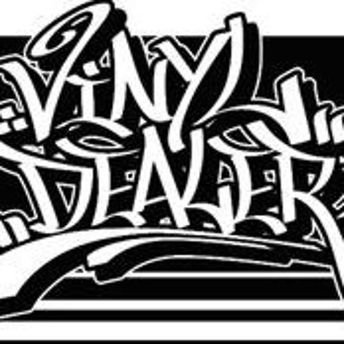 vinyldealer's avatar