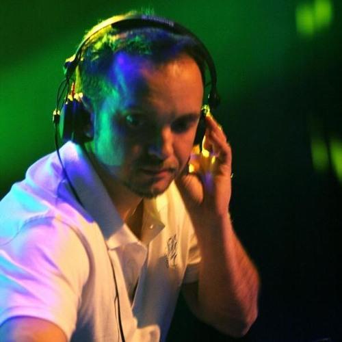 DJ KUSH's avatar