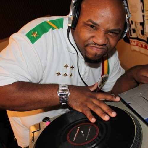 DJ Quest Stupid's avatar