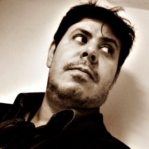 Guto Fagundes's avatar