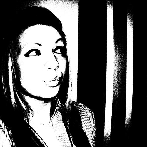 housedoll's avatar
