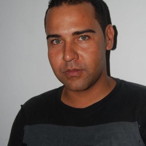 tark1's avatar