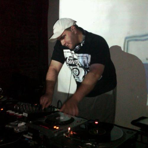DJ ROB REGAN's avatar