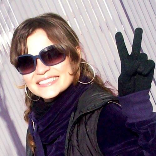 Priscila Prestes's avatar