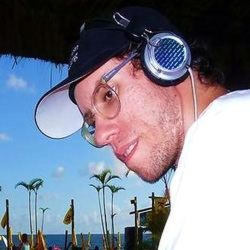 Leandro Chemalle's avatar