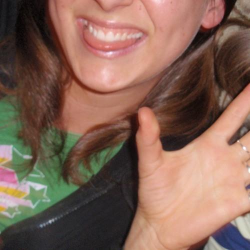 moniquee's avatar