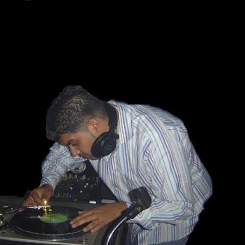 DJ DHoLa's avatar