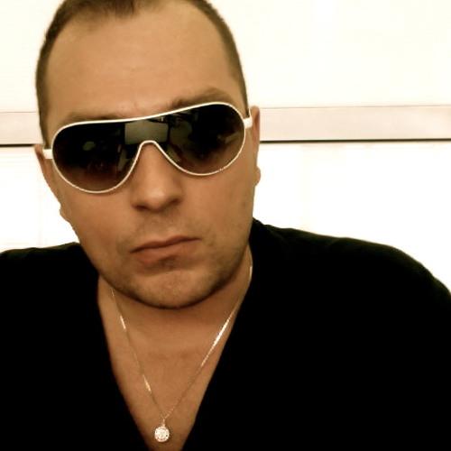 djGrad's avatar