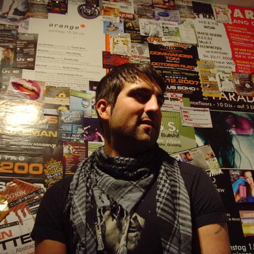 MesU.T.'s avatar