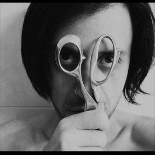 Alessandro De Vita's avatar