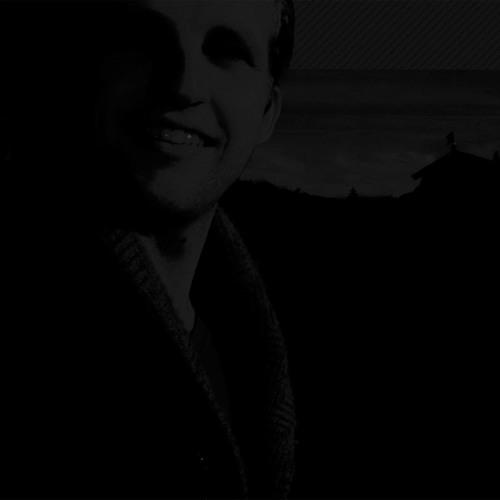 Tommy Tucho's avatar