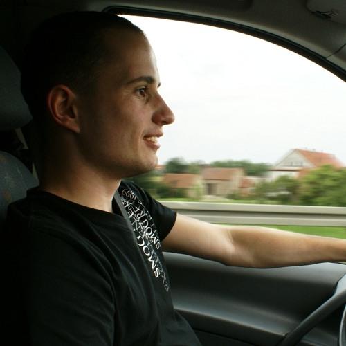 Radek Kubiak's avatar