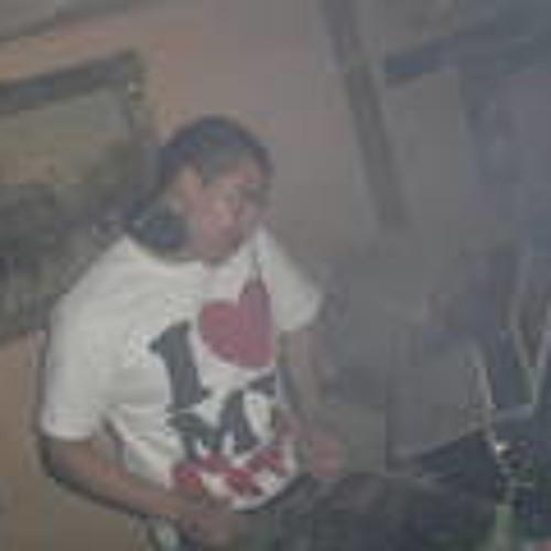 DjHYPNOTIQ's avatar