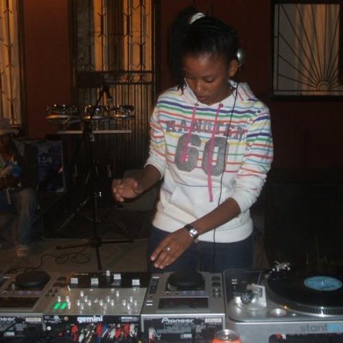 DJ JUST-T's avatar