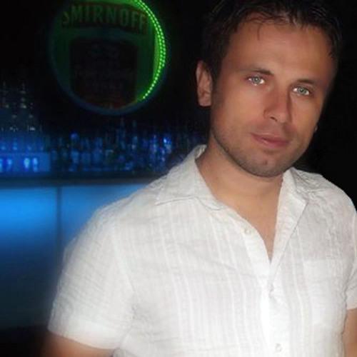 Ricky Teixeira's avatar