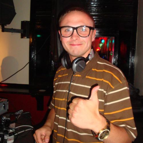 DJChickO's avatar