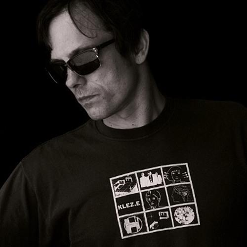 rocker33's avatar