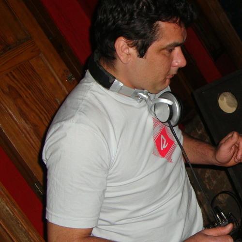 DJ.R Seldom's avatar