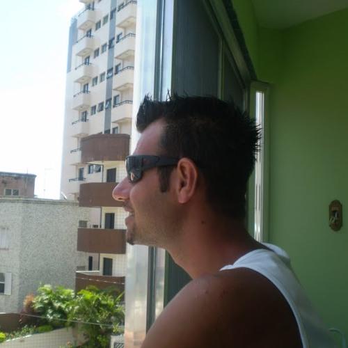 djdamazio's avatar