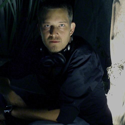 Franco Trejo Roff's avatar