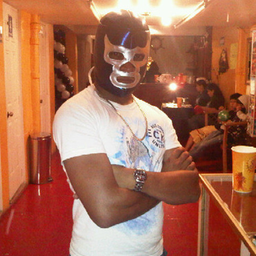 KING COLOMP's avatar