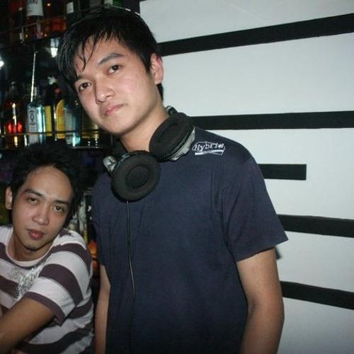 DJ Popi Isleta's avatar