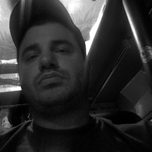 Dino G (Dino Gardiakos)'s avatar