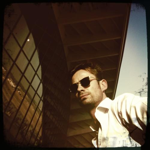 Miguel Conrado's avatar