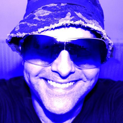 Darren R G's avatar