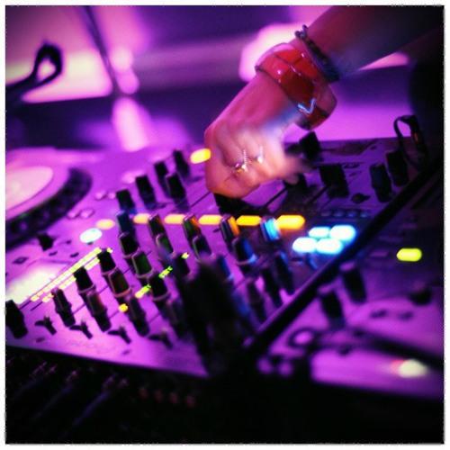 DJ MAYAME's avatar