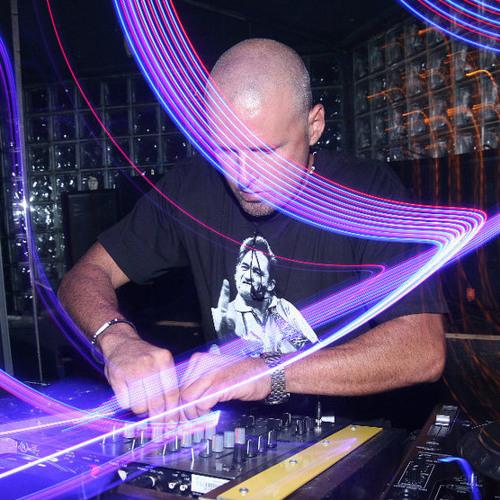 DJ 2T's avatar