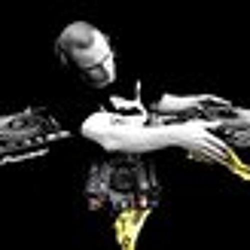Glen Molloy's avatar
